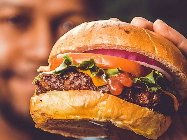 Kellogg plans bleeding burger as it catches up on faux meat